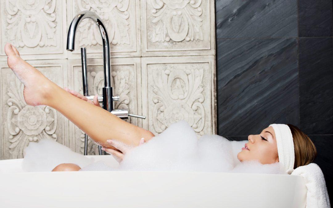 De 3 allerfijnste badoliën voor een ontspannend badritueel